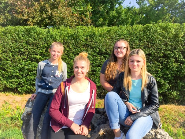 v. l.: Lucy Weikum, Anna Bauser, Leonie Wilhelm und Kim Metzger